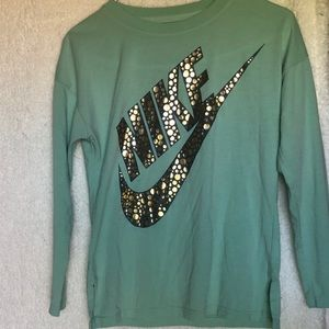 🌸3 for $20🌸 Nike long sleeve sparkly tee youth L